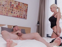 Glamorous sheila with big honkers acquires screwed in moulding