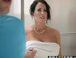 Brazzers - Mammy Got Bristols - Hold on to Hammer away Gut chapter vice-chancellor Reagan Foxx plus Jessy Jones