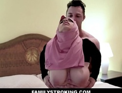 Thick large butt virgin muslim teen step daughter ella knox has sex with step daddy after that guy unintentionally mistakes her for her mommy