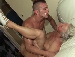 german granny hither her first porn video