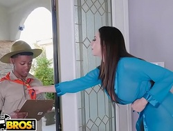 BANGBROS - MILF Ariella Ferrera Trades Love tunnel For Lil D'_s Scout Cookies
