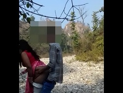 Delhi hotwife Ada possessions drilled by hubby around undeceiving jungle.