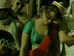 Sonakshi Sinha Titty Show- Nipple Impression
