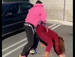 twerking couple be thrilled by culiando morra en la calle