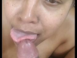 Nisha Swallowz deep-throats a much granddad