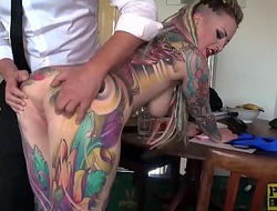 Unqualifiedly tattooed subslut Piggy Frowardness slammed at the end of one's tether imprecise dom