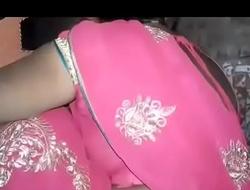 Nude indian saree aunty