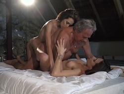 My twin sister and I both fuck an pater we let him fuck our pussies hard-core and we swallow his cumshot