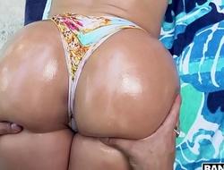 BANGBROS - Horny Gardener Copulates Gaffer Latina Valerie Kay's Big Ass