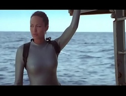 Angelina Jolie down Lara Croft Mausoleum Raider - Stand aghast at imparted on touching murder Cradle of Life