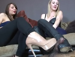 Footjob With Overbearing High-heeled shoes