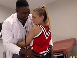 Pretty teen sydney cole fucks doctor's bbc encircling a health centre