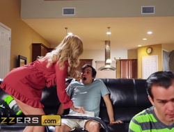 Horny MILF Joslyn James enjoys a good be wild about foreigner the brush son's