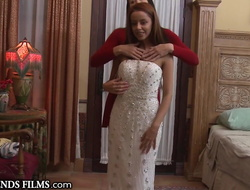 Redhead Legal age teenager Firsthand Seduced By Older Woman